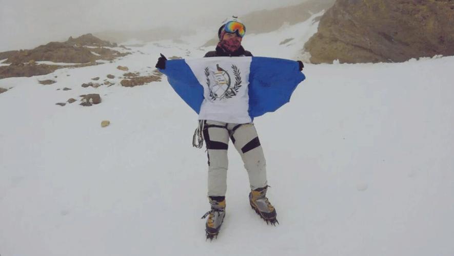 La guatemalteca Bárbara Padilla se convirtió en la segunda mujer guatemalteca en lograr el ascenso al monte Everest. (Foto: Randu Patzan Estrada)