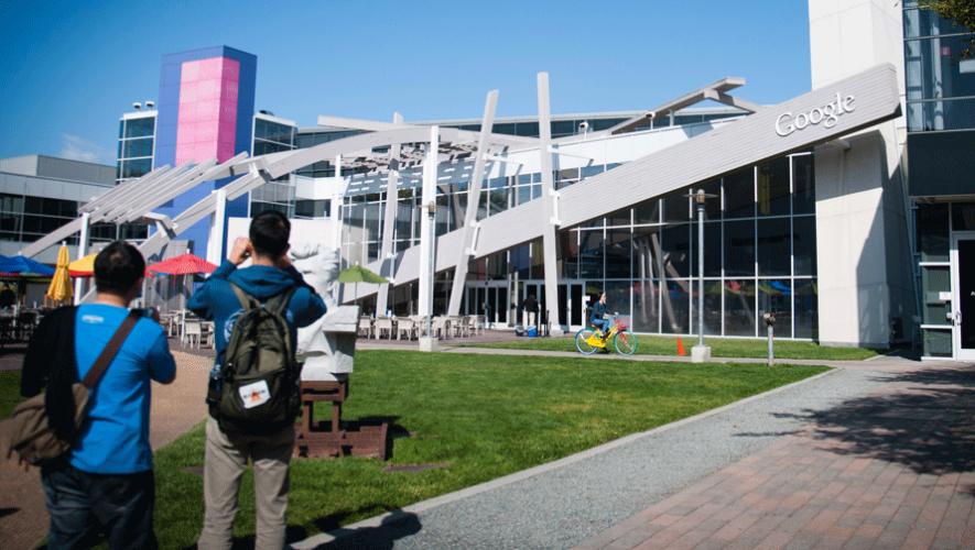 Estudiantes guatemaltecos podrían ser financiados por Google. (Foto: chialinshih)