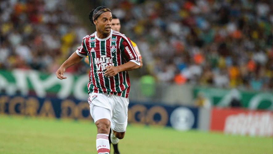 El astro brasileño del fútbol, Ronaldinho, visitará Guatemala en  julio. (Foto: Ronaldinho Gaucho)