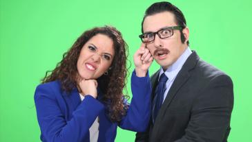 Patricia (Beatriz del Cid) y Roberto (Juan Diego Rodríguez) son los presentadores del Estado del Estado.