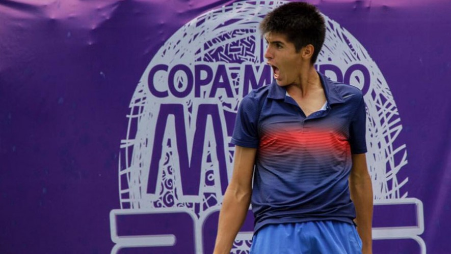 Christopher Vleeming, tenista guatemalteco