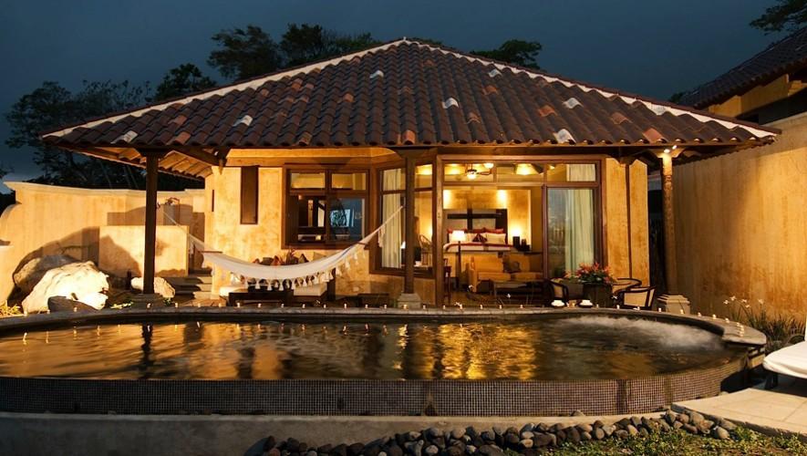 Las villas y suites de La Reunión cuenta con una piscina privada. (Foto: La Reunión Golf Resort & Residences)