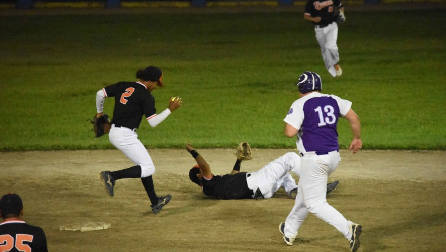 Juego 1 y 2: Lanquetín vs Pastas Cora por la final del Sóftbol Masculino | Junio 2016