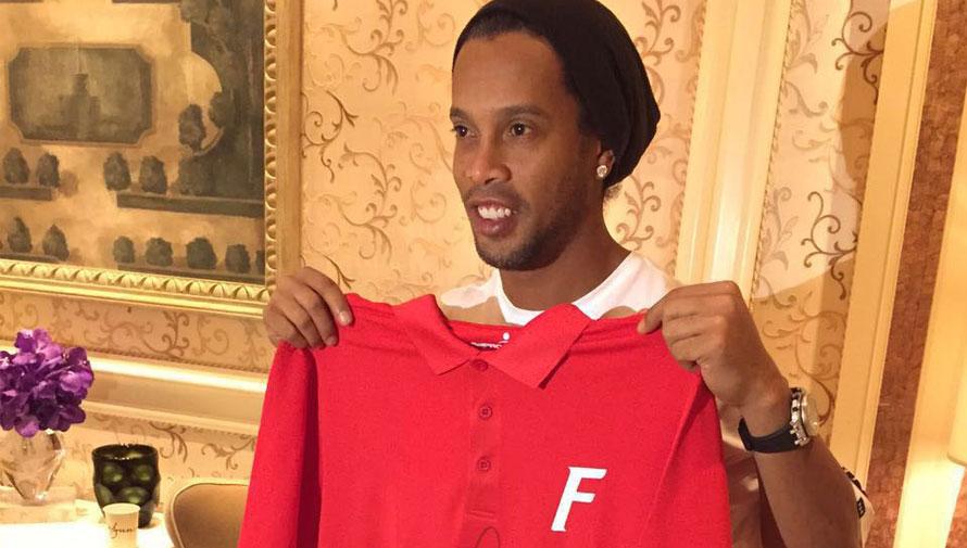 Visita de Ronaldinho