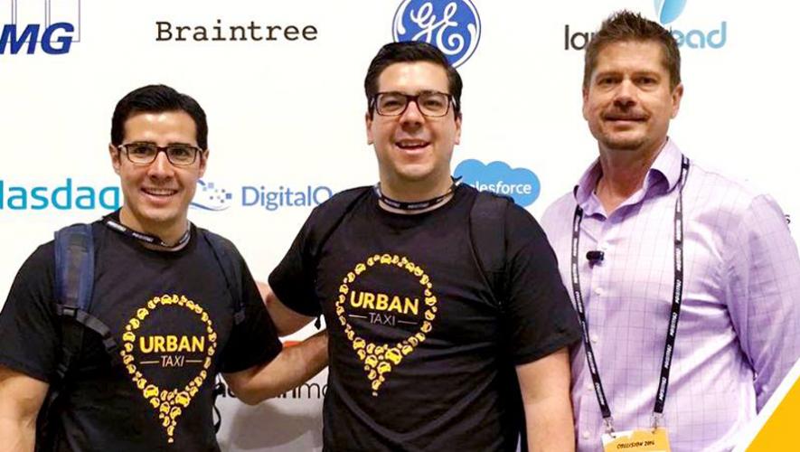 Omar García (Izquierda), Roberto Montes (al centro) y John Finkbeiner (derecha), parte del grupo fundador de Urban Taxi. (Foto: Urban Taxi)