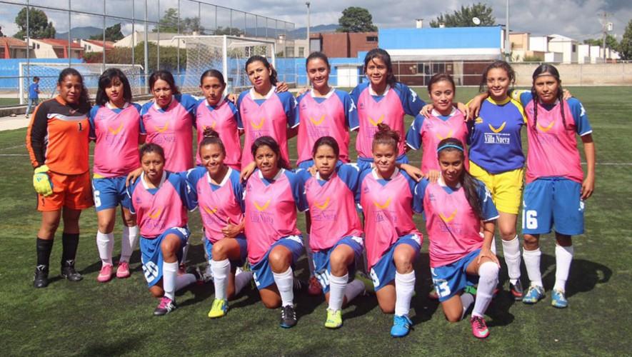 Partido de ida de Santa Isabel II vs. Pares por el tercer lugar del Torneo Clausura Femenino   Julio 2016