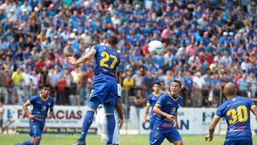 Partido de Cobán vs Marquense, por el Torneo Apertura | Julio 2016