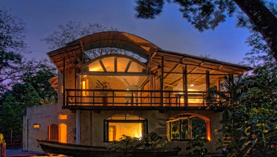 Tortugal river lodge r o dulce bungalows en guatemala for Bungalows el jardin retalhuleu guatemala