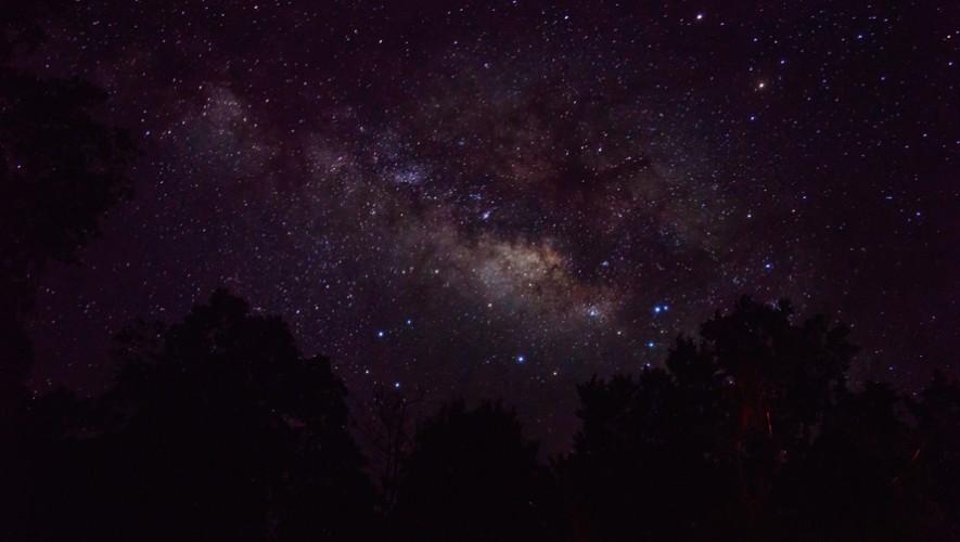 Entérate cómo puedes ver la lluvia de estrellas Delta Acuáridas desde Guatemala. (Foto: Guatemala.com)