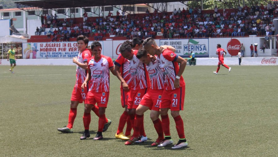 Partido de Malacateco vs Carchá, por el Torneo Apertura   Julio 2016