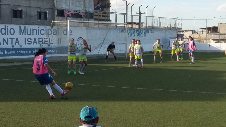Partido de vuelta Pares vs Santa Isabel II, por el tercer lugar del Clausura Femenino   Julio 2016