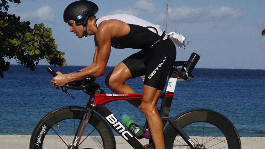 Raúl Tejada, triatleta guatemalteco