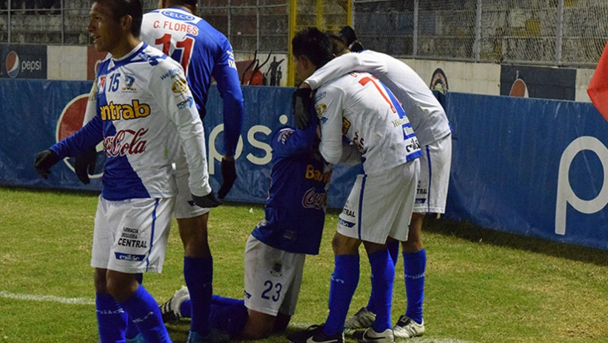Partido de Suchitepéquez vs Cobán, por el Torneo Apertura | Julio 2016