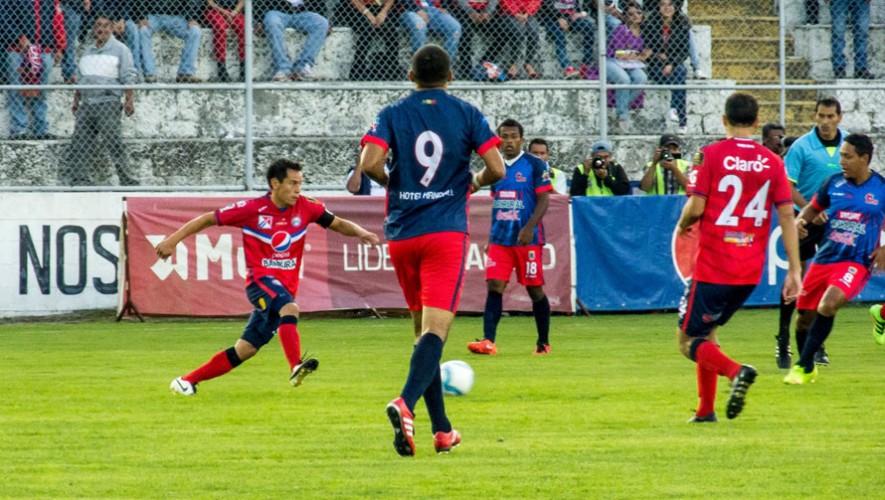 Partido de Xelajú vs Petapa, por el Torneo Apertura | Julio 2016