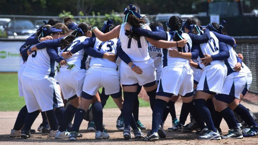 Selección de sóftbol femenino
