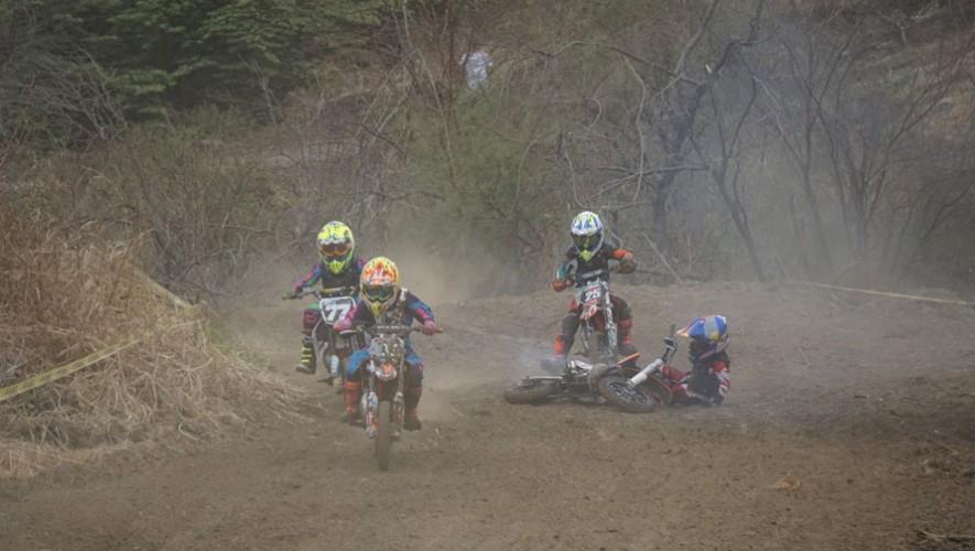 En la competencia participaron varios motociclistas de Bolivia, Uruguay, México, Colombia, Ecuador, entre otros. (Foto: Antonio Arredondo)