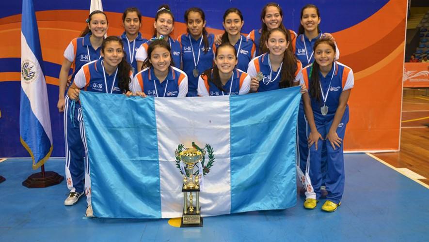 """En el 2014, las jugadoras """"chapinas"""" consiguieron llevarse el segundo lugar. (Foto: FNBG)"""