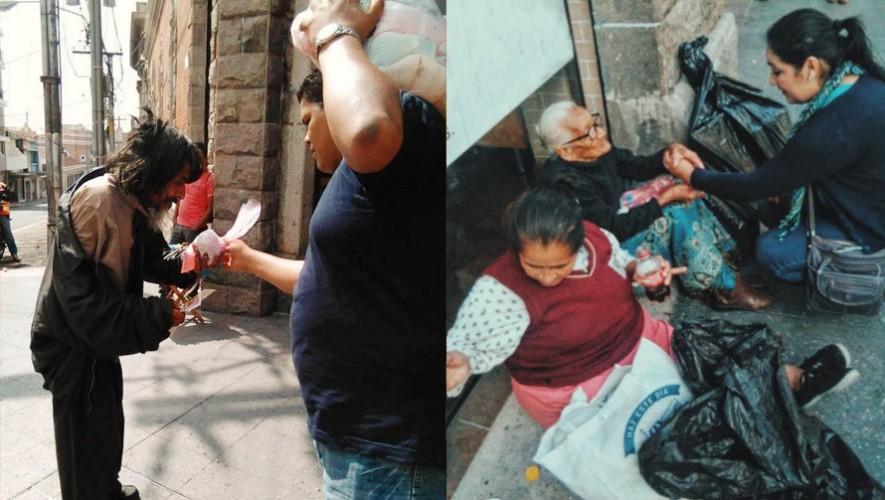 Los jóvenes entregan alimentos a personas sin hogar. (Foto: APP)