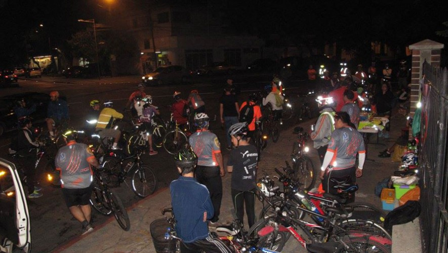 "Colazo en bicicleta ""Aullido de lobo"" | Agosto 2016"