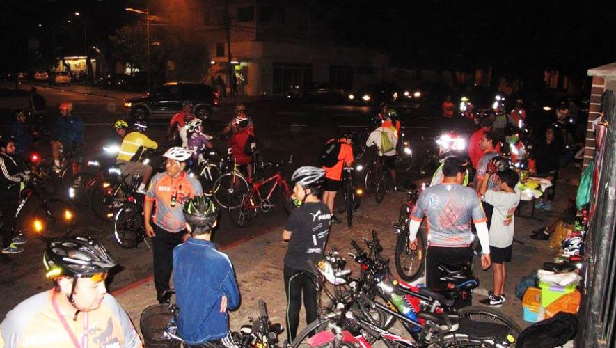 Colazo familiar en bicicleta por Lobos Bike GT | Agosto 2016