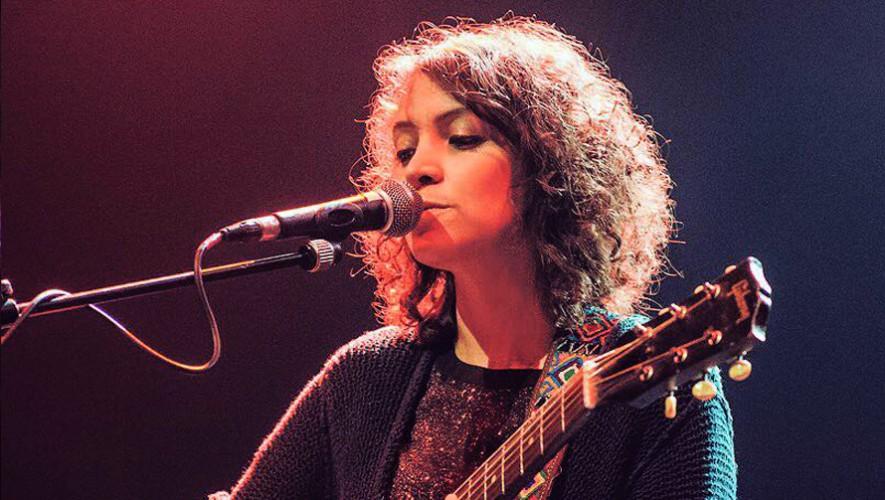 La cantante guatemalteco estrenó su nuevo sencillo Se Apagó. (Foto: Gaby Moreno)