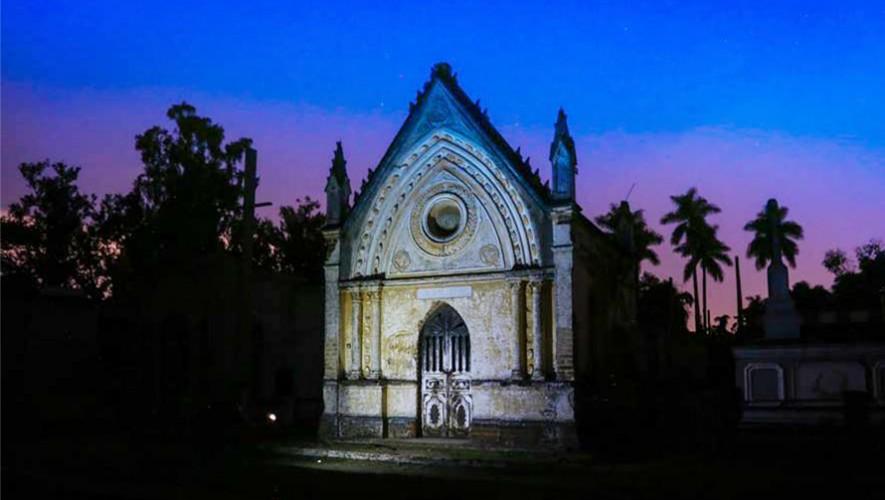 Descubre todos los misterios del Cementerio General de la Ciudad de Guatemala con los necrotours. (Foto: Gerardo Marroquín)