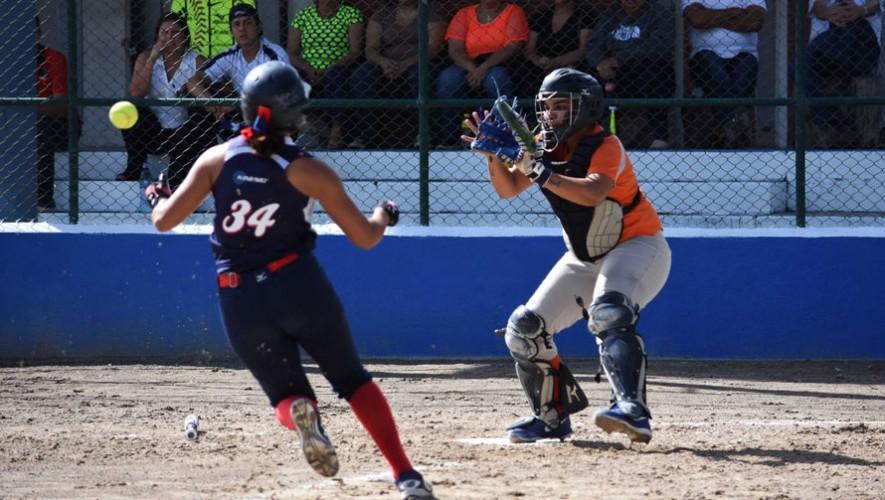 Juego 1 y 2: Lanquetín vs USAC, final del Torneo Femenino de Sóftbol   Agosto 2016