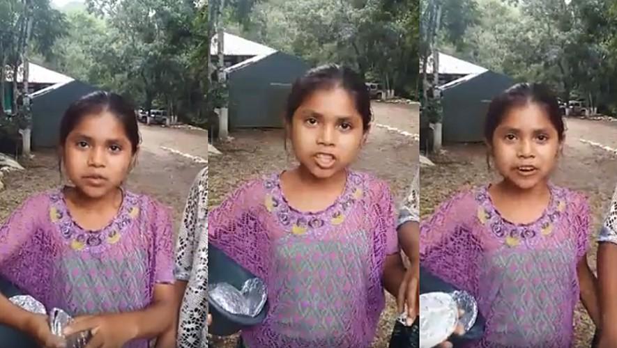 María es la pequeña vendedora que ha deslumbrado a todos por su facilidad con los idiomas. (Foto: Captura de pantalla)