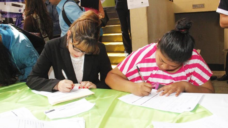 Asiste a la Feria de Empleo de Villa Nueva y consigue un nuevo trabajo. (Foto: Municipalidad de Guatemala)