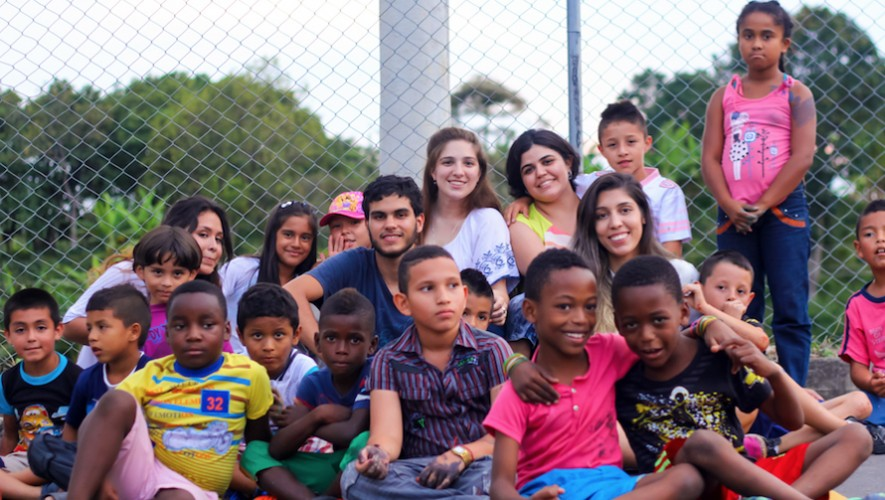 Viaja, aprende y ayuda a través de programas de voluntariado en Colombia. (Foto: Pereira for you)