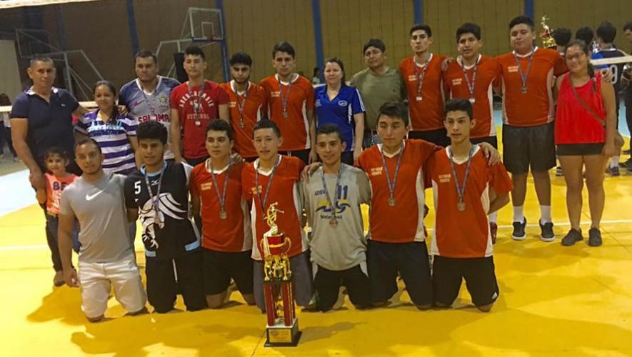 Los jugadores de Baja Verapaz se quedaron con el tercer lugar. (Foto: FGVB)