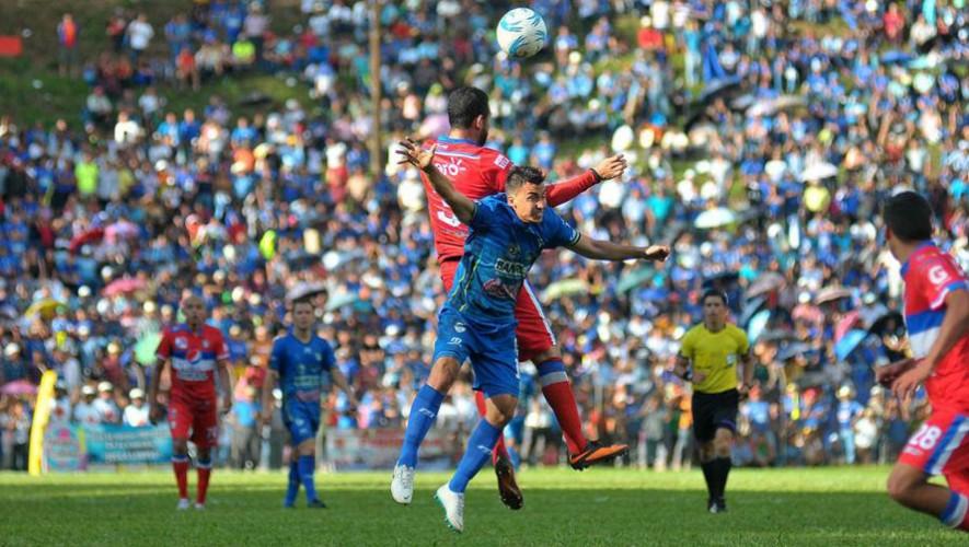 Partido de Cobán vs Xelajú, por el Torneo Apertura | Agosto 2016