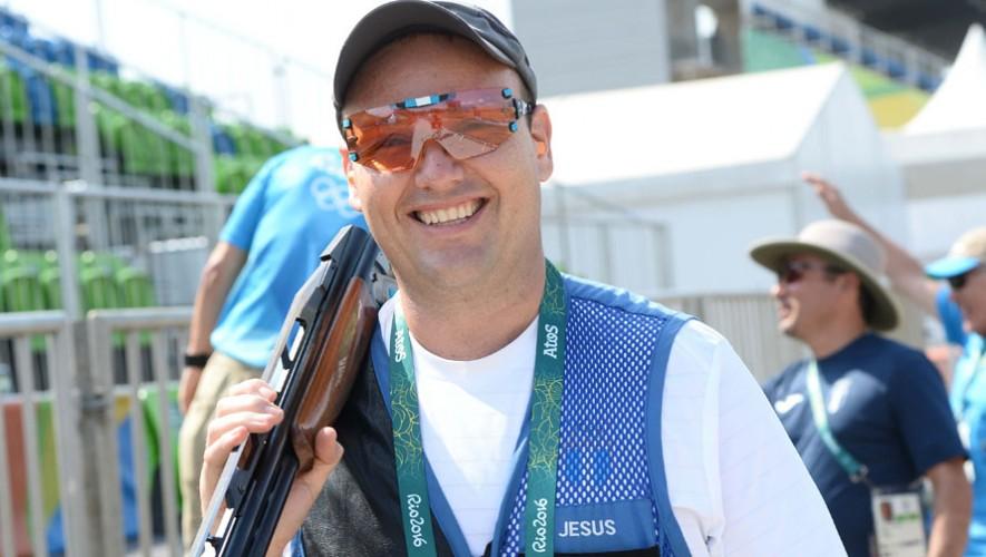Fernando se quedó a dos aciertos de clasificar a la semifinales. (Foto: Comité Olímpico Guatemalteco)