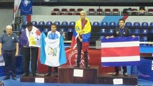Paul Valenzuela en el podio