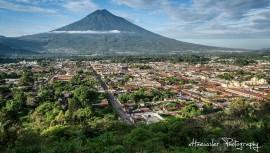 Hrmosa fotografía de Antigua Guatemala por Xavi Haeussler (Foto: Xavi Haeussler Photography)