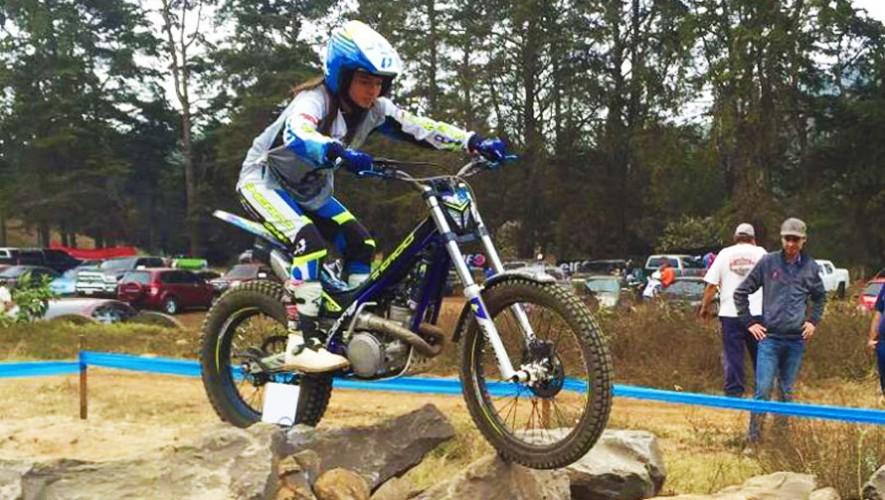 La joven promesa del motociclismo ya se encuentra lista para poner en alto el nombre de Guatemala. (Foto: CDAG)