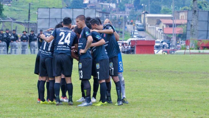 Partido de Carchá vs Cobán, por el Torneo Apertura   Septiembre 2016
