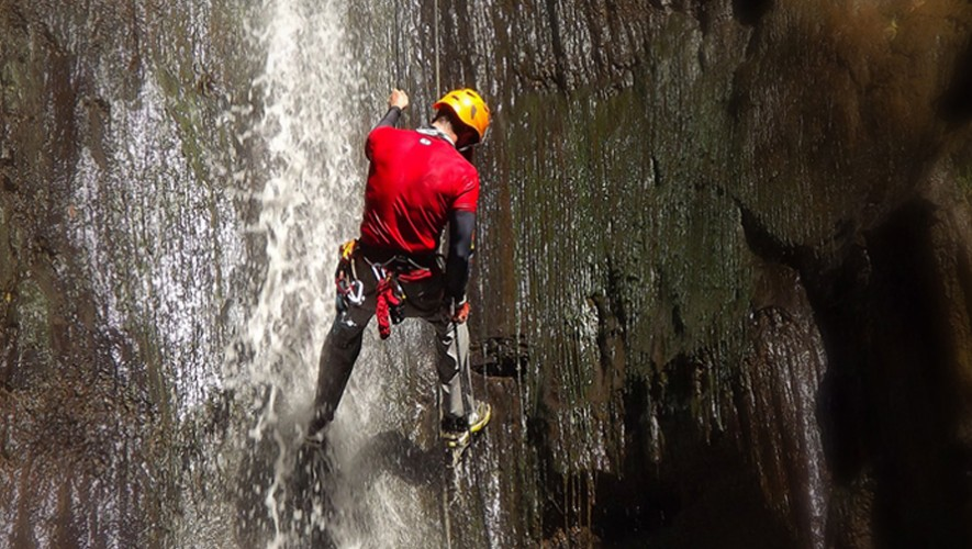 Rapel en la Catarata La Rinconada en San Miguel Dueñas Sacatepéquez   Octubre 2016