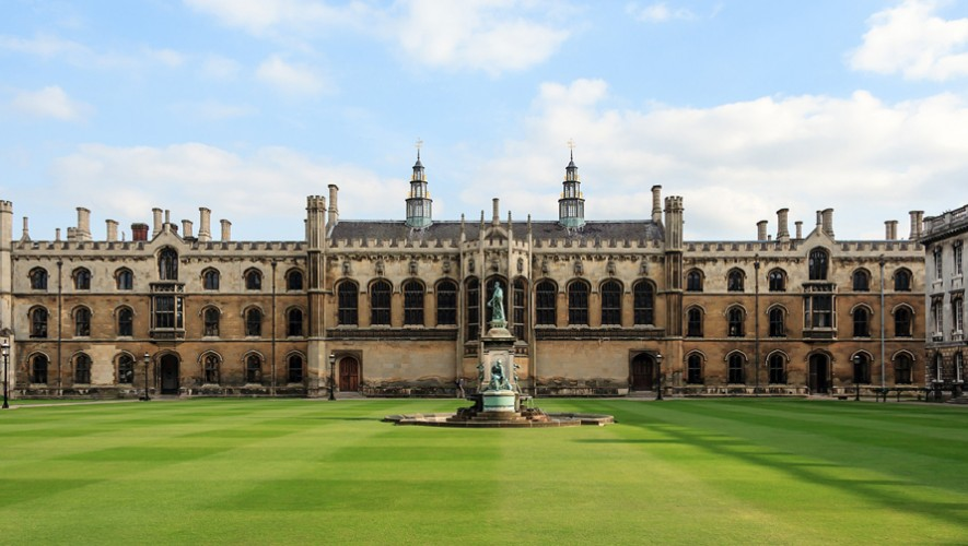 Podrías estudiar tu doctorado en la Universidad de Cambridge. (Foto: Places of The World)