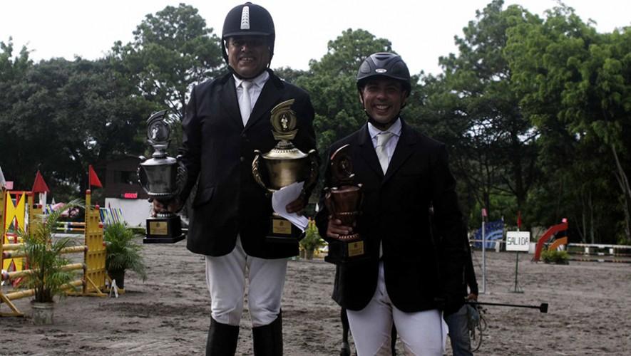 Los ganadores de Propietarios C. (Foto: Prensa ANEG)