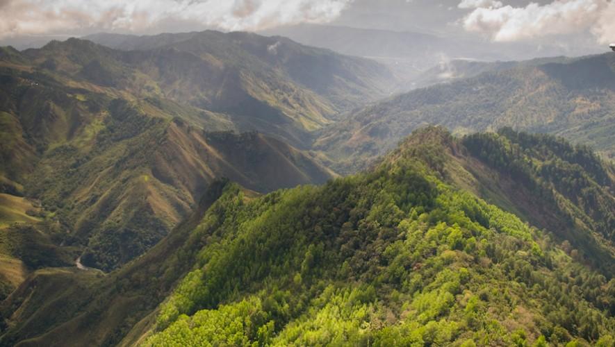 Viaje al Volcán Palomas en La Sierra de las Minas | Octubre 2016