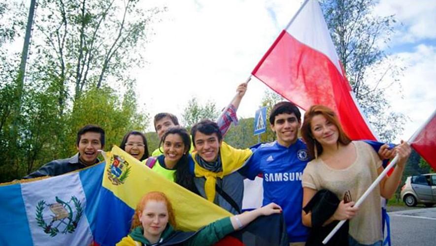 Conoce las posibilidades que tienes de estudiar en  Europa. (Foto: Captura UWC)