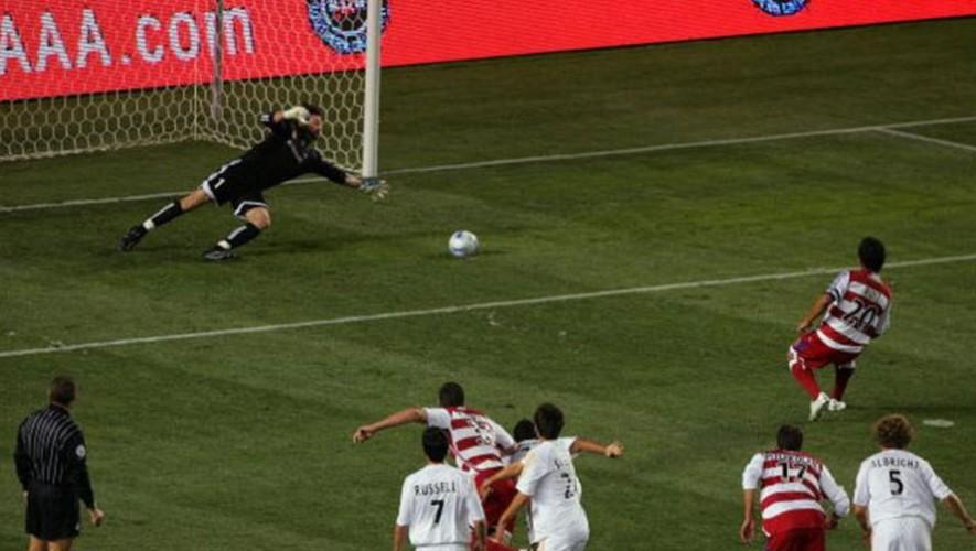 """""""El Pescadito"""" anotó 41 goles en 88 partidos jugados con el FC Dallas. (Foto: Stephen Dunn)"""