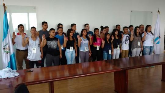 16 atletas estarán representando a Guatemala en el Panamericano de Levantamiento de Pesas. (Foto: CDAG)