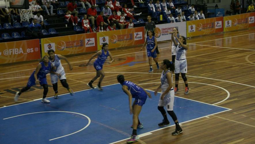 La selección femenina es la única que cuenta con opciones para sobresalir en el COCABA. (Foto: FNBG)