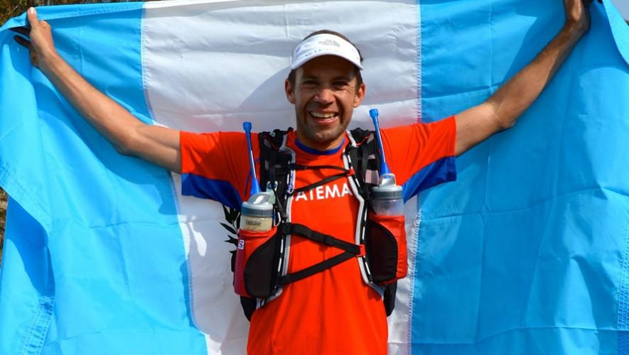 Sagastume buscará completar una distancia de 1,129 kilómetros en natación, bicicleta y carrera a pie. (Foto: Juan Carlos Sagastume)