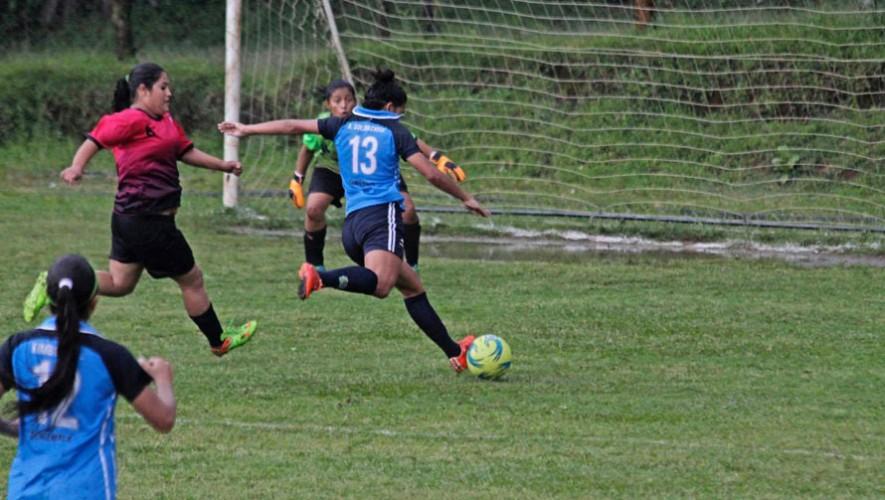 Unifut-Rosal y Club Deportivo Xela son los únicos equipos que marchan con 6 puntos. (Foto: Luisa León)