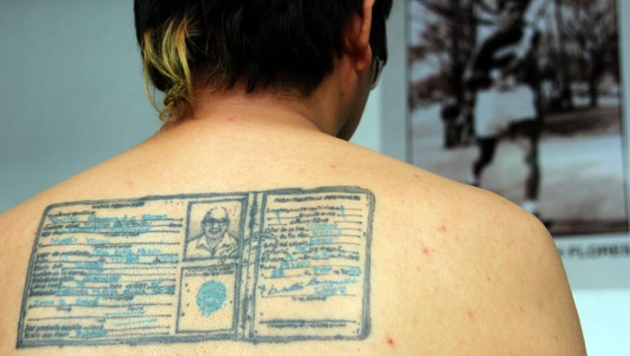 Benvenuto se tatuó la identificiación de uno de los atletas más importantes de la historia de Guatemala. (Foto: COG)
