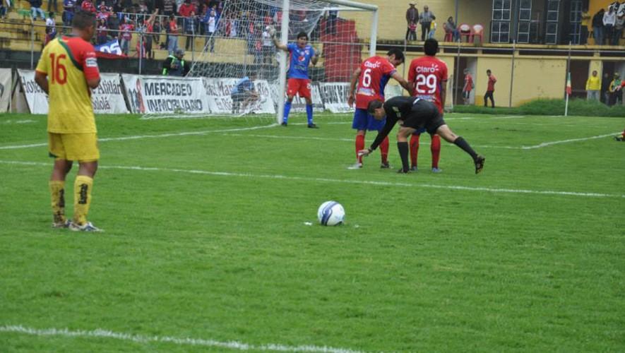 Partido de Xelajú vs Marquense, por el Torneo Apertura | Septiembre 2016