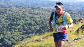 Alfredo logró ganar nuevamente la Ultra Trail de Comasagua, esta vez, en la distancia de 50k. (Foto: Jimmer Mito)